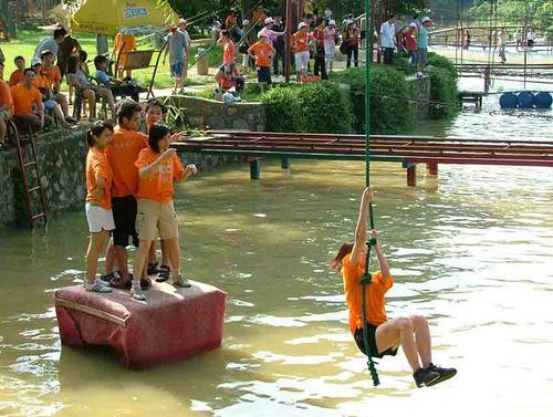 中国人寿保险户外拓展训练